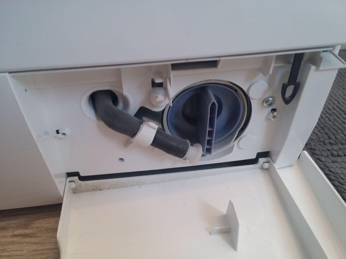 Gut bekannt Flusensieb reinigen - Wie Sie das Sieb einer Waschmaschine säubern WZ44